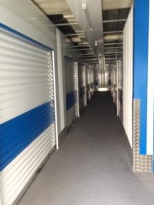 Blauer Bereich Lagerraum4you