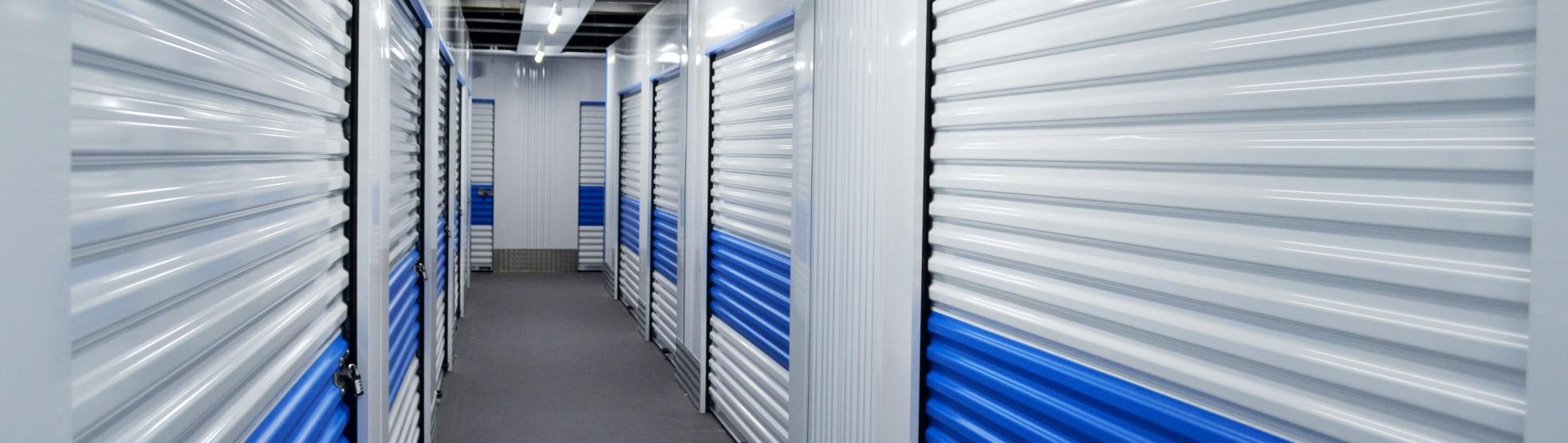 Rolltore Lagerboxen in Velbert blauer Bereich