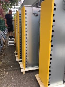 Aufbau DHL Packstation